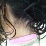 えりあしの生えぐせ上向きでくせ毛があってもショートに。