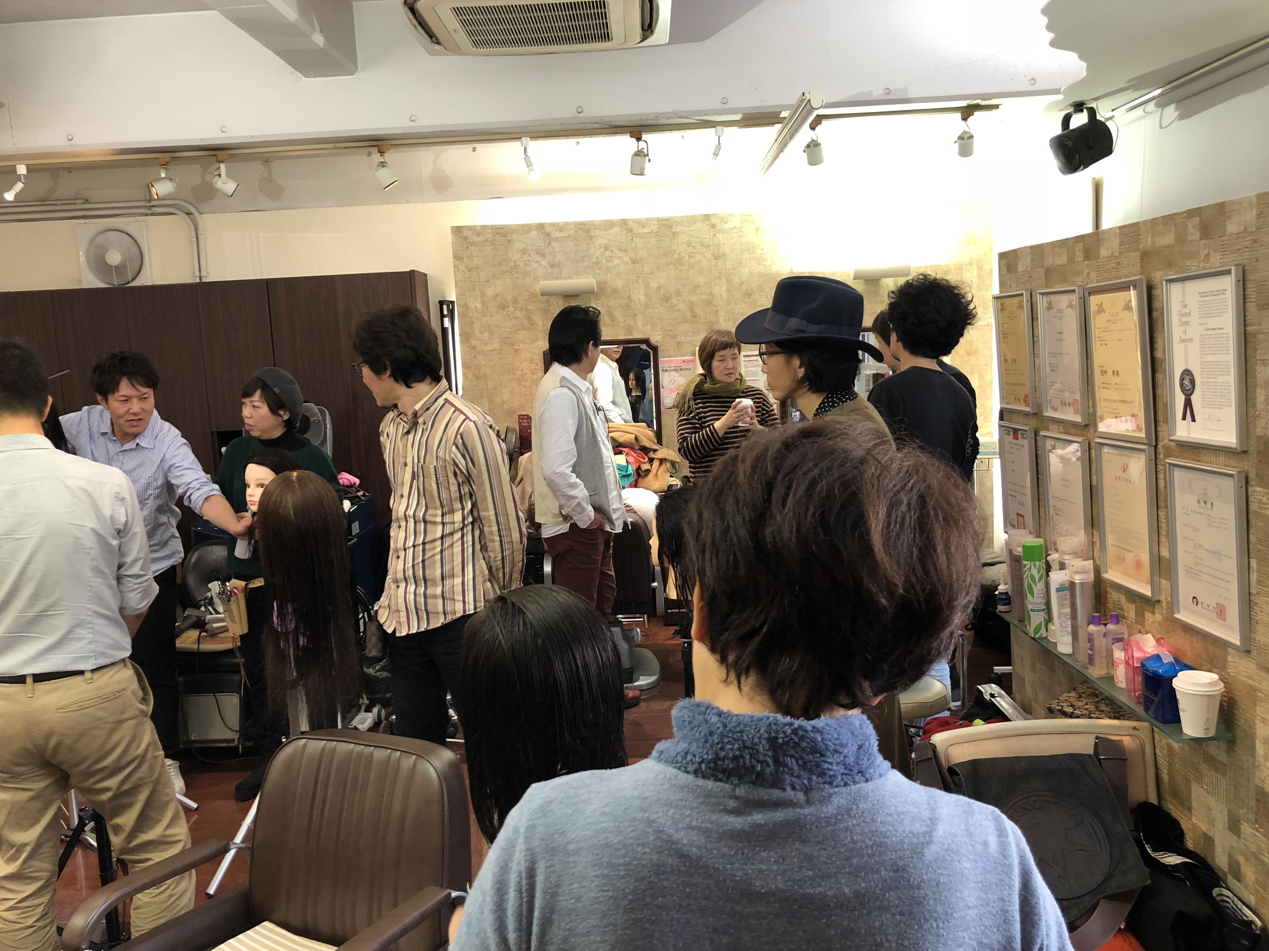 長い1日です。夙川キュビズムカット講習。