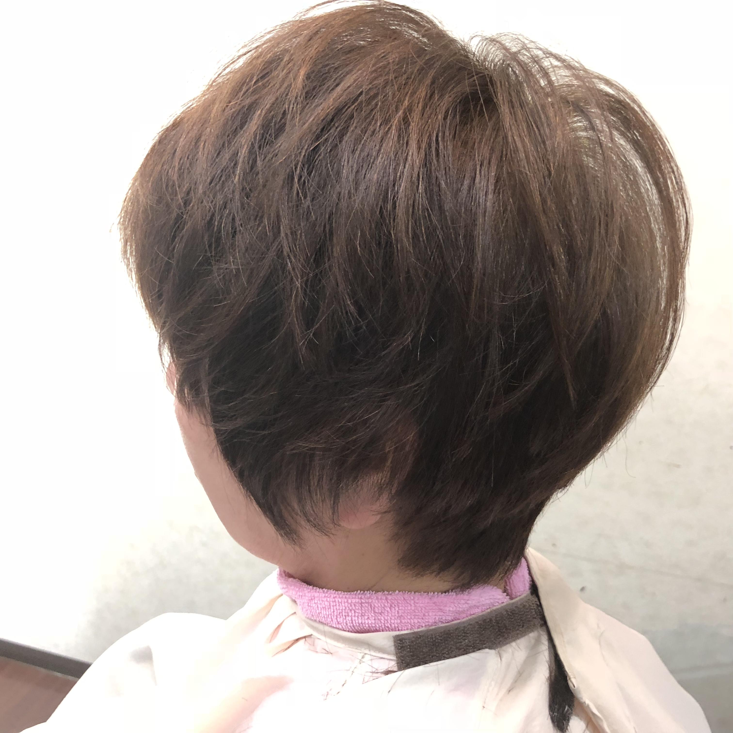 70代ヘナに変えて髪がしっかり頭皮も調子よく抜け毛も減った。(動画)