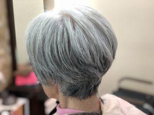 グレイヘア くせ毛