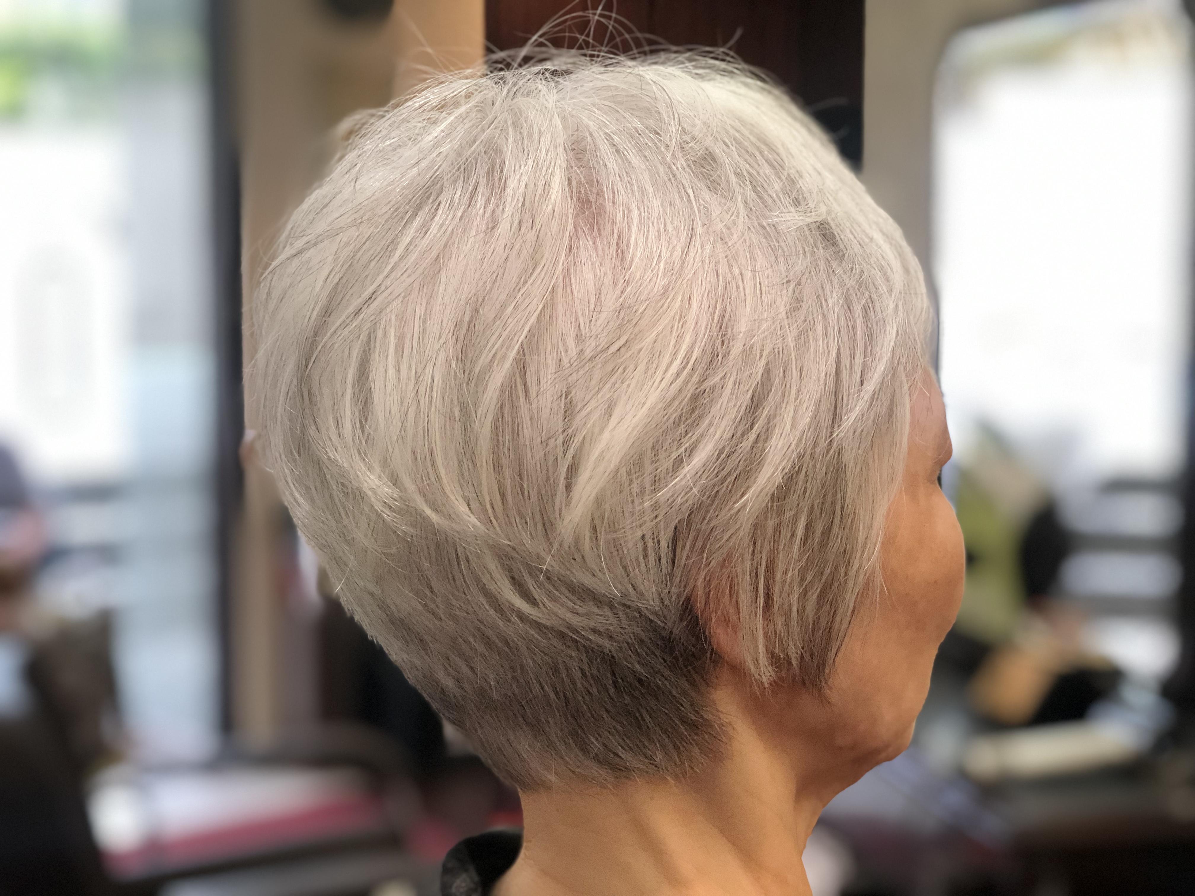 70代髪の悩みこれで解消します。