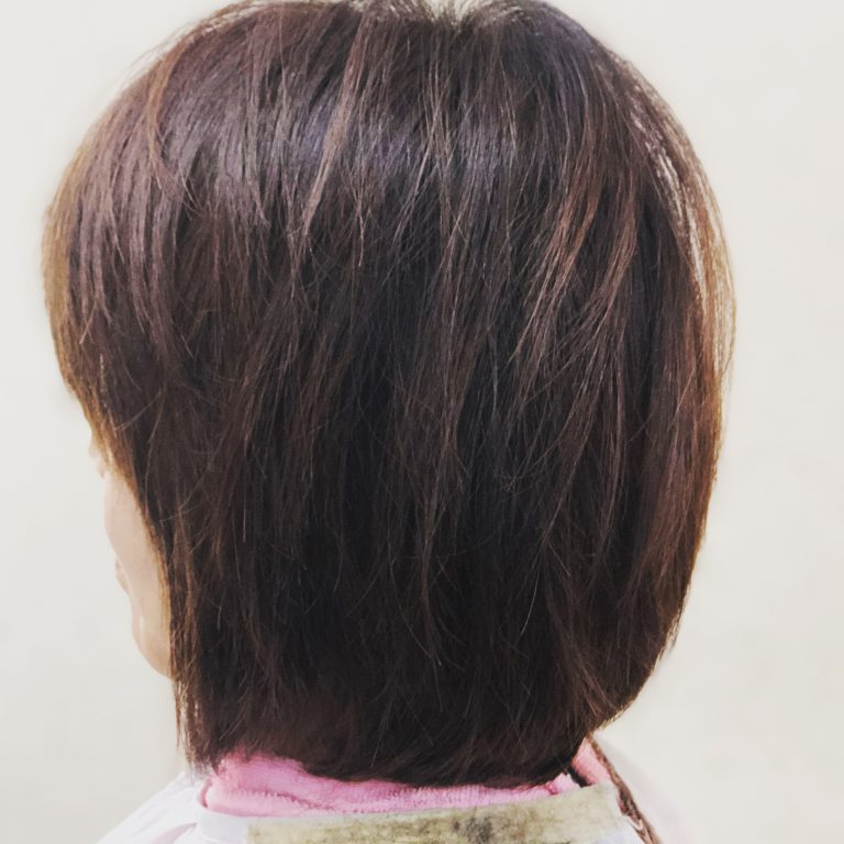 髪のパサつきと白髪が嫌で初めてヘナをした。(動画)