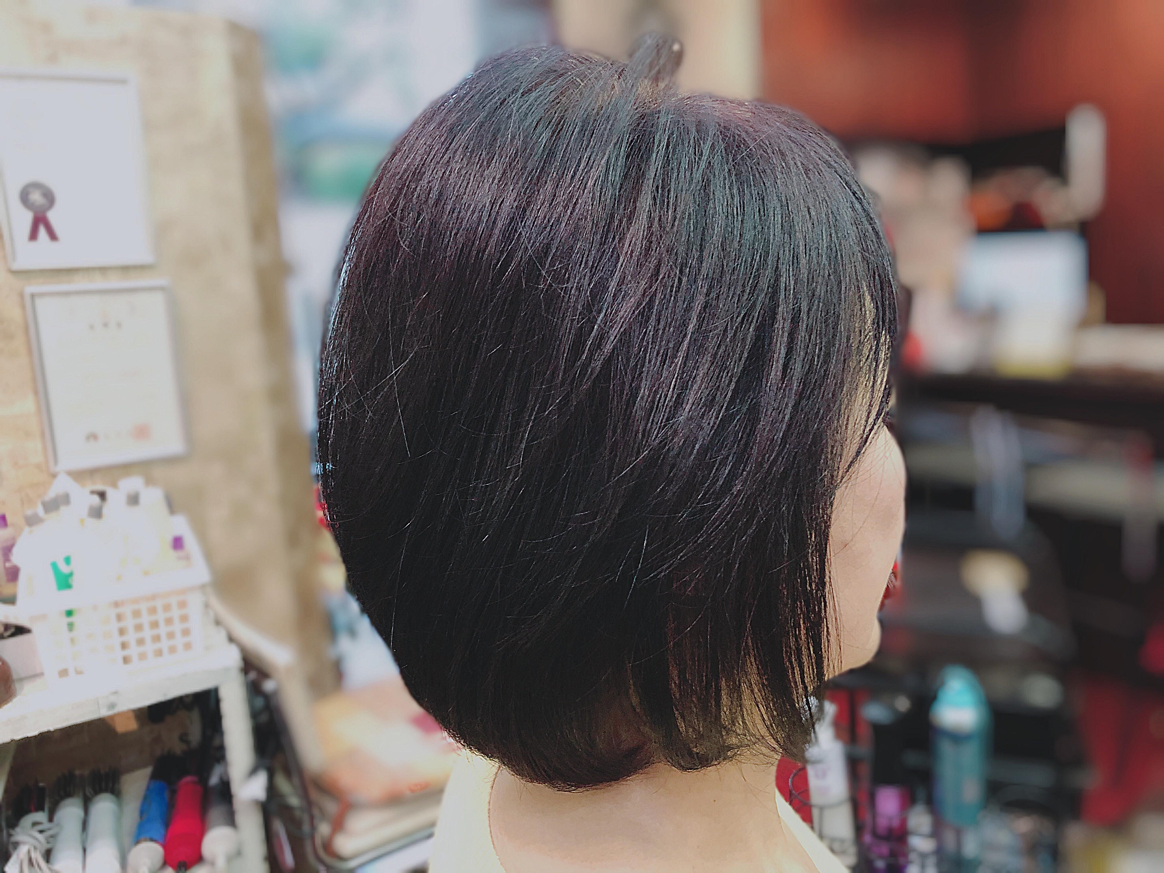 後頭部の割れと、くせ毛でうまくできないスタイリングの悩み。(夙川アンヌ美容室)
